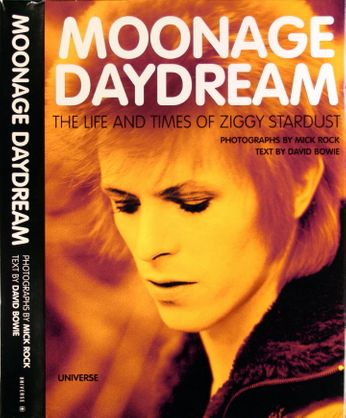 David Bowie / Mick Jones - Moonage Daydream: The Life & Times of Ziggy Stardust (Book)