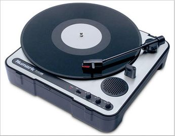 Numark PT-01 USB Portable Vinyl Archiving Turntable