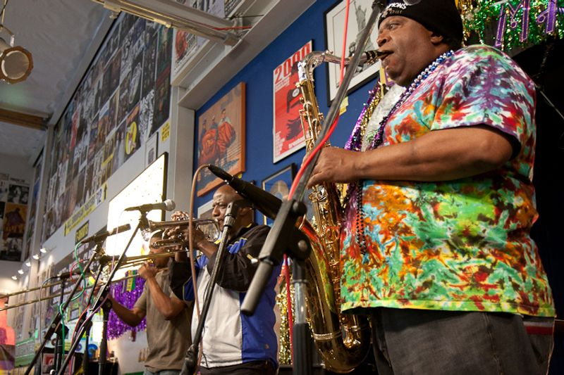 dirty dozen brass band amoeba