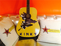 Kinky Guitar Contest